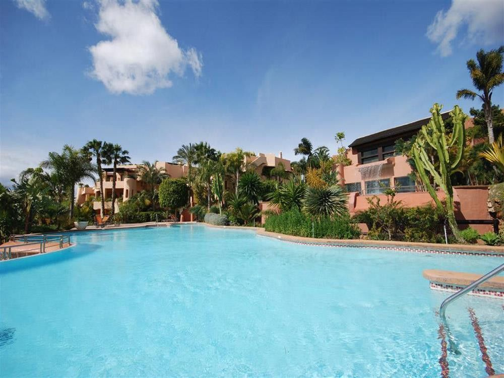 ARFA944 - Fantastic apartments and penthouses for sale in Sierra Blanca in Marbella