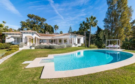 ARFV2133 - Magnificent villa for sale in Hacienda Las Chapas in Marbella