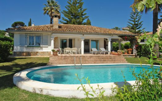 ARFV1817 - RESERVED! Andalusian style villa with sea views for sale in Elviria in Marbella
