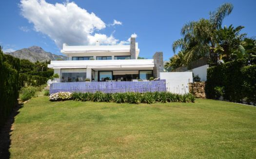 ARFV2151 - Modern villa for sale in Nagüeles on the Golden Mile in Marbella