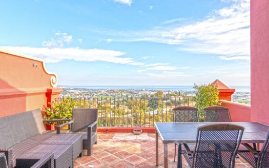 ARFA1391-328 - Penthouse with panoramic view near Monte Halcones in Benahavis for sale