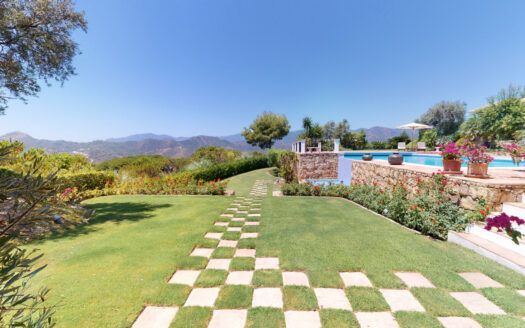 ARFV2172 - Exeptional furnished  Villa in best location of La Zagaleta